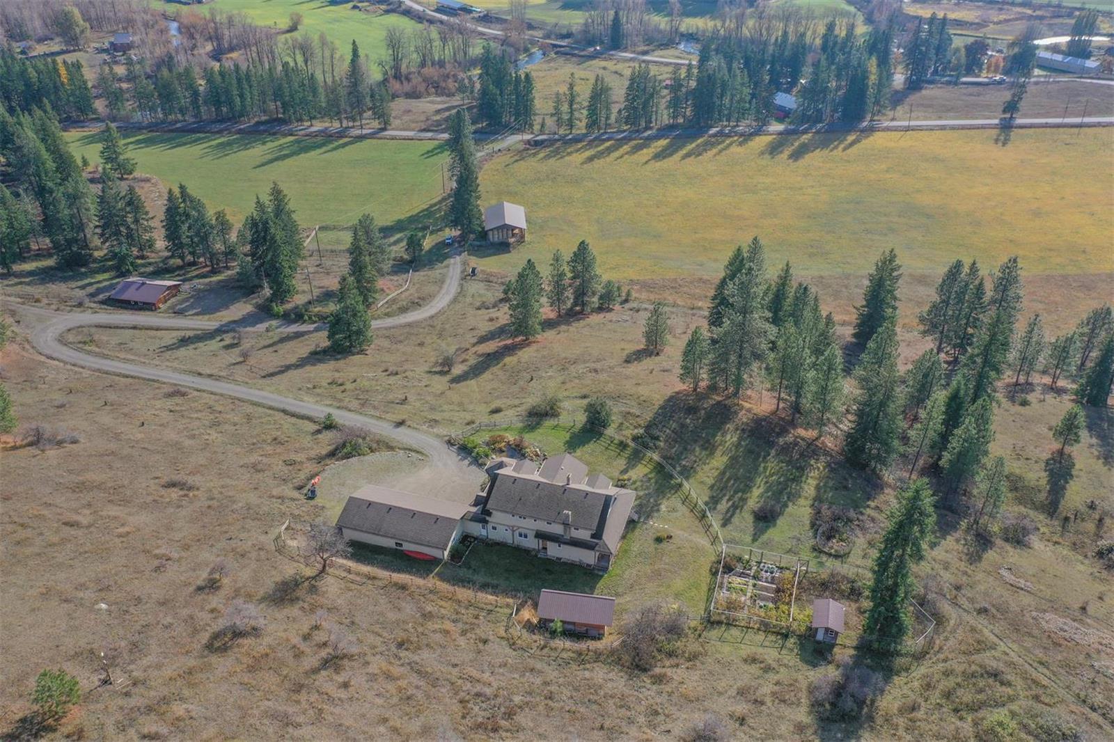 49 Albers Road,, Lumby, British Columbia  V0E 2G5 - Photo 6 - 10218462