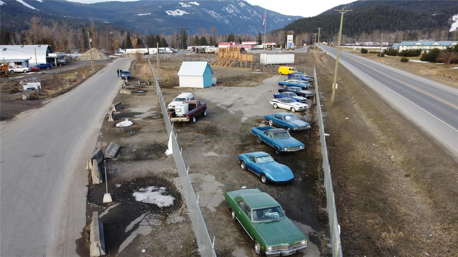 1310 Trans Canada Highway,, Sicamous, British Columbia  V0E 2V1 - Photo 4 - 10225863