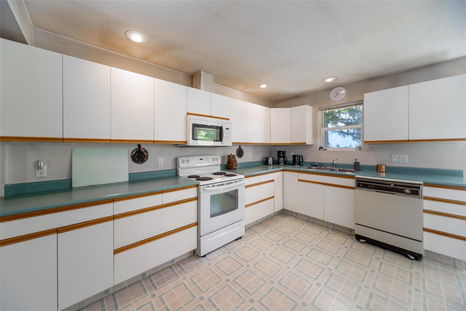 4602 Schubert Road,, Armstrong, British Columbia  V0E 1B4 - Photo 13 - 10232683